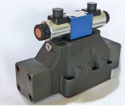 Válvula direcional hidráulica pilotada