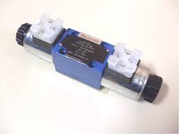 Válvulas direcionais hidráulicas